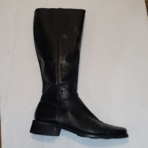 Size 10M black leather boots Pazzo